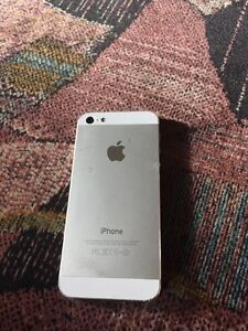 iPhone 5 16gb Carrier is chatr