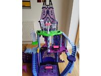 Monster High catacombs castle NOW SOLD