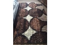 Rug verry good condition pet smoke free