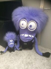 Two evil minion teddys