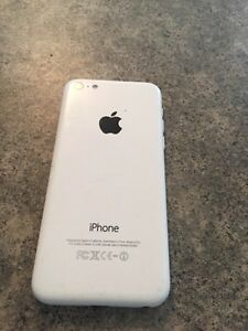 iPhone 5c. 32 gig. Locked to Bell/Virgin