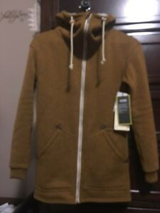 NWT burton minxy sweater  Cambridge Kitchener Area image 3