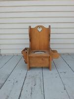 Reproduction Antique, Toilette enfant / Child's pot chair
