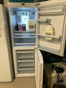 Haier Fridge freezer 348L - CFL629CW