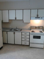 GREAT 1 BDRM APT - 50% OFF FIRST MONTH OR FREE TV