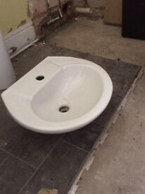 Brand new pedestal basin, tap & trap
