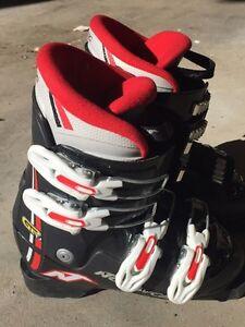 Kids ski boots size 13-1