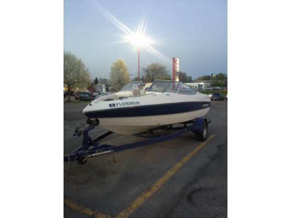 Used 2002 Stingray Boat Co 180 Bowrider