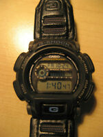 Montre Casio G-Shock DW-9000 watch