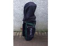 Maxfli golf bag.