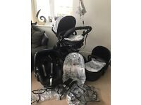 I candy peach London pushchair, maxicosy pebble and isofix family fix base