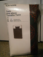 Twin Size Duvet Cover & Pillowcase