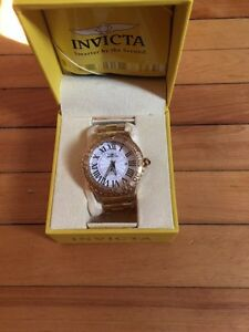 Invicata Mens Chronograph Stainless Steal Gold Watch  Oakville / Halton Region Toronto (GTA) image 1