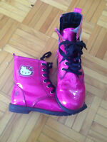 Hello Kitty boots for girl/Hello Kitty bottes pour fille