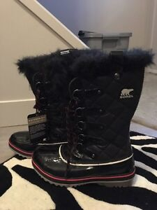 Brand new woman sorel boots size 8