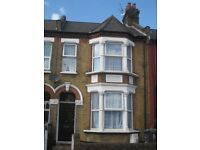 4 bedroom house in The Avenue, London