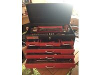 6 DRAWER METAL TOOL CHEST FULL OF BRITOOL, DRAPER AND STANLEY TOOLS