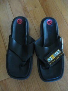 NEW QUALITY FOOTWEAR.. R J COLT LEATHER THONG SANDALS [SIZE 10]