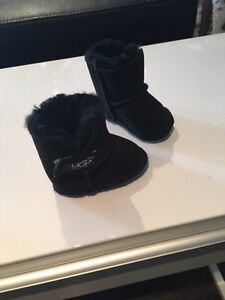 Baby Authentic Uggs boots London Ontario image 2