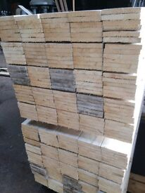 """New fence boards 6"""" wide X 6 ftlong pack of 10"""
