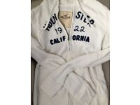 Authentic hollister hoodie size L
