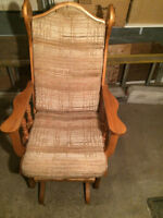 CHAISES BERCANTES AVEC COUSSINS / ROCKING CHAIRS WITH CUSIONS !!