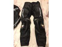 Joe rocket 2 piece motorcycle leathers