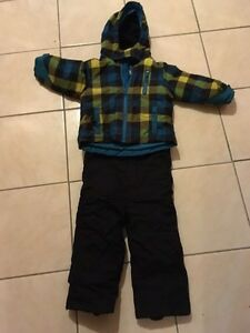 2T Boys snowsuit
