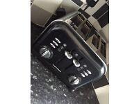 Morphy Richards Toaster & Kettle Set