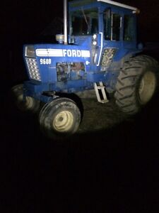 Ford 9600 farm tractor for tillage