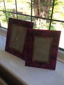 2 gorgeous picture frames