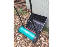 HAND PUSHED LAWN MOWER