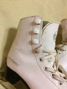 Youth size 11 skates