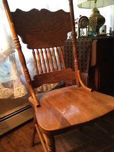 Oak kitchen-dining chair