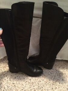 Selling tall black boots from Spring Kingston Kingston Area image 4