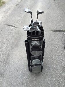Golf Set & Bag Belleville Belleville Area image 1