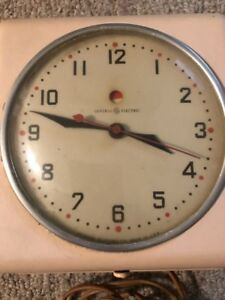 Very special kitchen clock wanted
