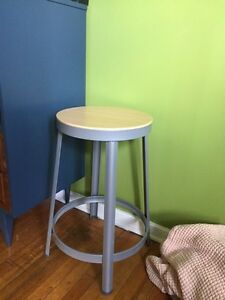 Steel Wood Bar Stool Plant Stand!
