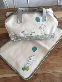 BN baby changing bag & mat