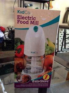 Baby food Electric Mill Cambridge Kitchener Area image 1