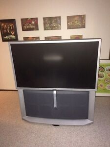 Flat Screen TV with Sound System