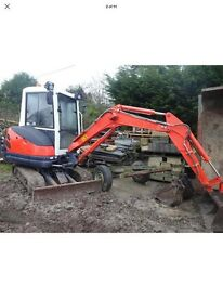 Mini digger with driver hire 220 per day OR PRICE JOB with diesel