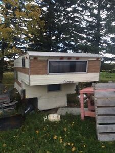 8.5 Ft Camper-Good Condition / With Jacks