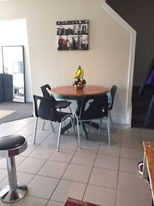 Perfect Room Available for Female Student London Ontario image 5