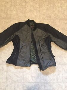 Women's Olympia Airglide 2 motorcycle jacket coat lady's Kingston Kingston Area image 3