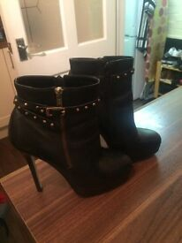 Boots X2 pairs size 5