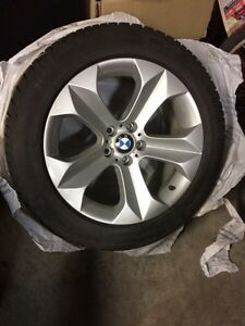 "BMW X5/X6 OEM 19"" rims and winter tires 255/50 R19"