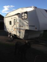 Caravane a sellette 24.5 pied ( fithweel) orbit 2005