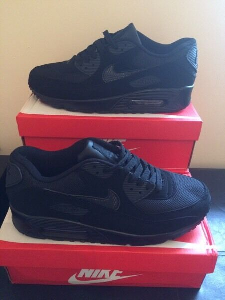 tdmzx Nike air max 90 all black new in box | in Nottingham