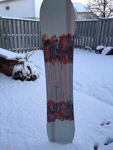FS GIRL'S SNOWBOARD London Ontario image 1